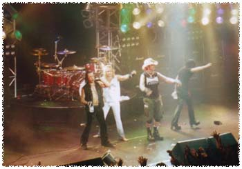 Motley in Japan '99 - Photo by Dr. Shinbone Starr