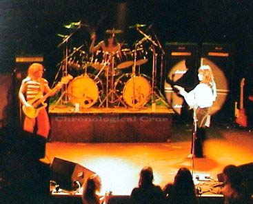 Tom Bass drumming on stage in Suite 19 before he became Tommy Lee